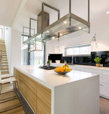 modern-kitchen-in-minimalistic-apartment-P3L65AV